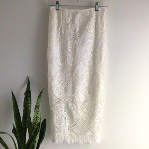 🆕 Listing!  The Hanger | Lace Skirt